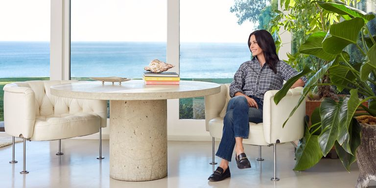 The  Friends  and  Cougar Town  actress is unloading some of her favorite  modernist home goods  and she wants you to have them. Courteney Cox s Malibu Home   Buy Furniture Online