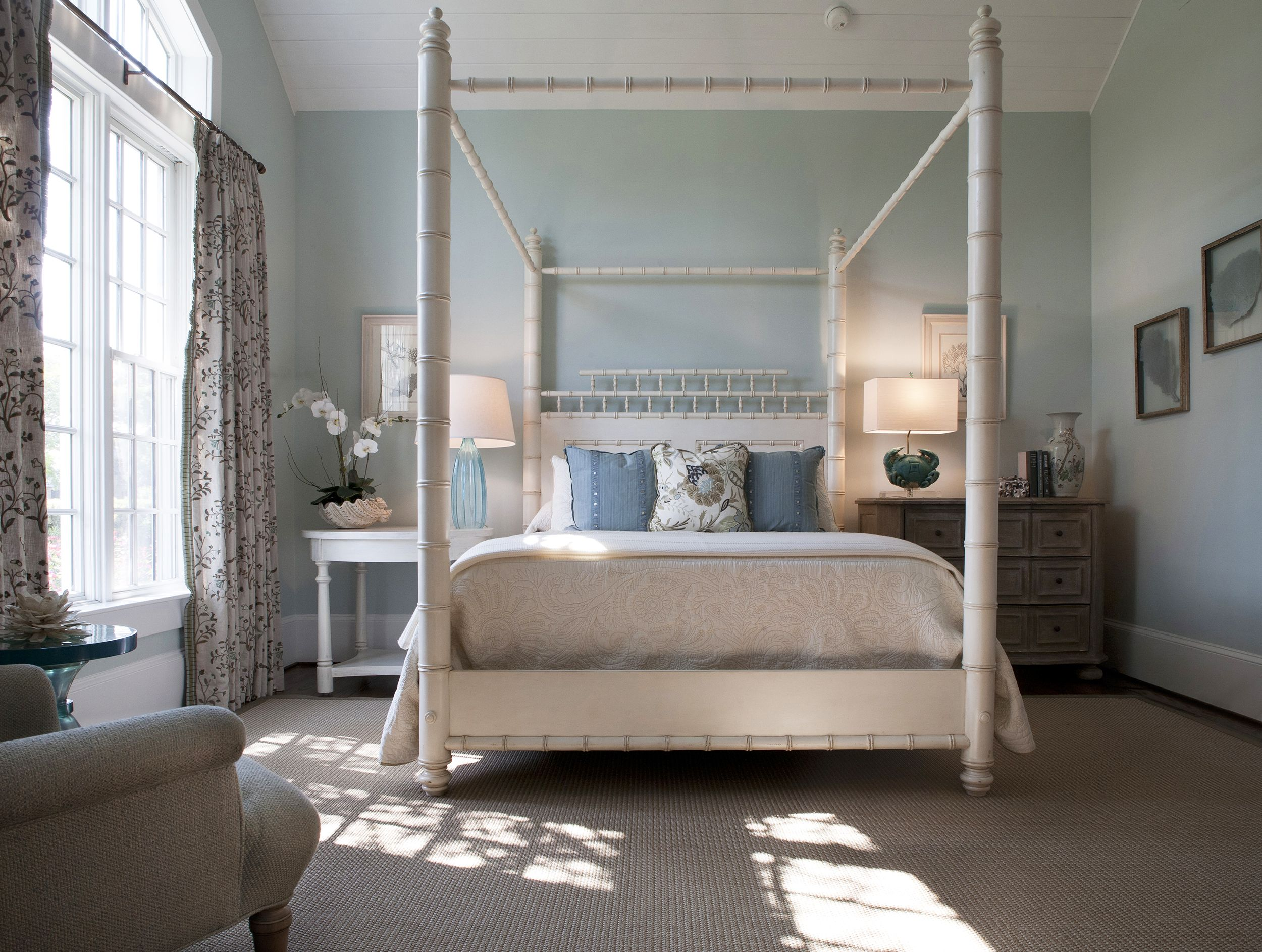Four Poster Bed Designs