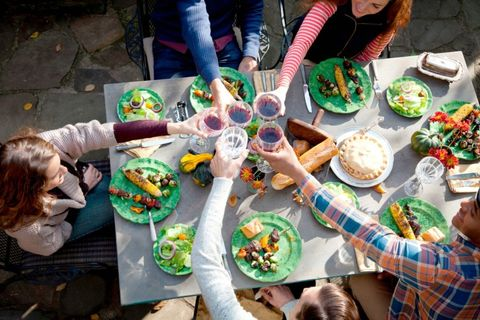 Stop! Don't Make These Common Summer Entertaining Mistakes