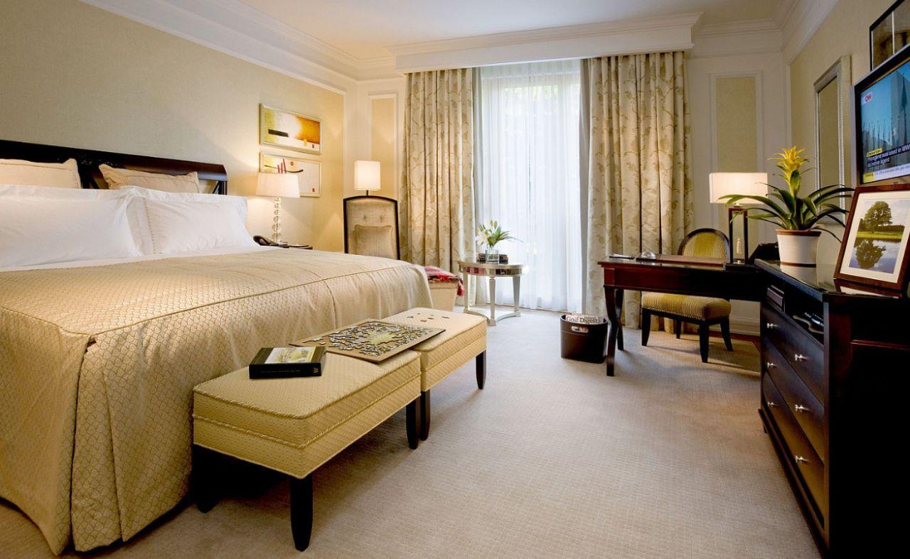 Kim Kardashian Bedroom Decor Kim Kardashian Kanye West Honeymoon Castylemartyr Resort Ireland