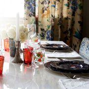 Dishware, Serveware, Table, Drinkware, Tableware, Glass, Plate, Highball glass, Porcelain, Centrepiece,