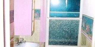 Blue, Bathroom sink, Green, Interior design, Room, Glass, Architecture, Property, Plumbing fixture, Wall,