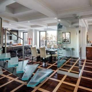 Room, Floor, Interior design, Property, Architecture, Ceiling, Glass, Real estate, Flooring, Light fixture,