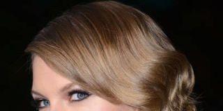 Lip, Hairstyle, Chin, Forehead, Eyebrow, Eyelash, Style, Beauty, Blond, Bangs,