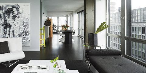 16 Stunning Black and White Rooms