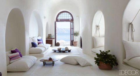 Room, Interior design, Flowerpot, Property, Wall, White, Floor, Interior design, Living room, Flooring,
