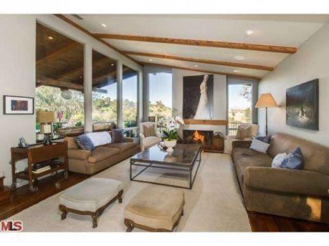 Emily Blunt and John Krasinski Hollywood Home - Celebrity ...