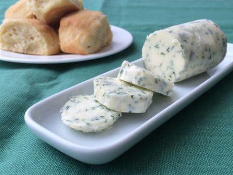 Food, Cuisine, Finger food, Ingredient, Dish, Plate, Recipe, Dishware, Snack, Blue cheese,