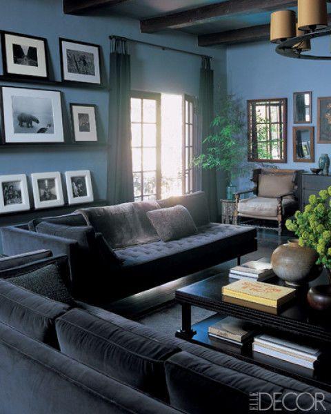 Wood, Room, Interior design, Brown, Green, Living room, Floor, Property, Flowerpot, Wall,