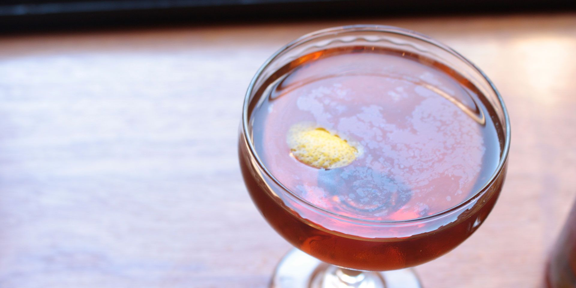 6 Classic, Mad Men-Inspired Cocktails to Serve at Your Next Party