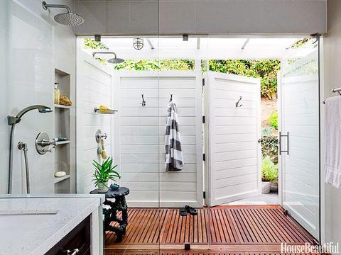 Wood, Property, Plumbing fixture, Room, Wall, Ceiling, Hardwood, Real estate, Fixture, Tap,