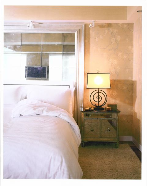 Chic Bedroom Decorating Ideas That ALSO Make For A Better Night's Gorgeous Chic Bedroom Ideas