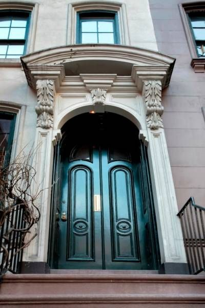 Breakfast At Tiffany Home Holly Golightly S House For Sale