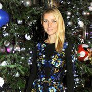 Event, Christmas decoration, Holiday, Christmas tree, Woody plant, Christmas ornament, Interior design, Christmas, Christmas eve, Blond,