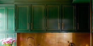Green, Room, Property, Plumbing fixture, Tap, Wall, Teal, Sink, House, Interior design,