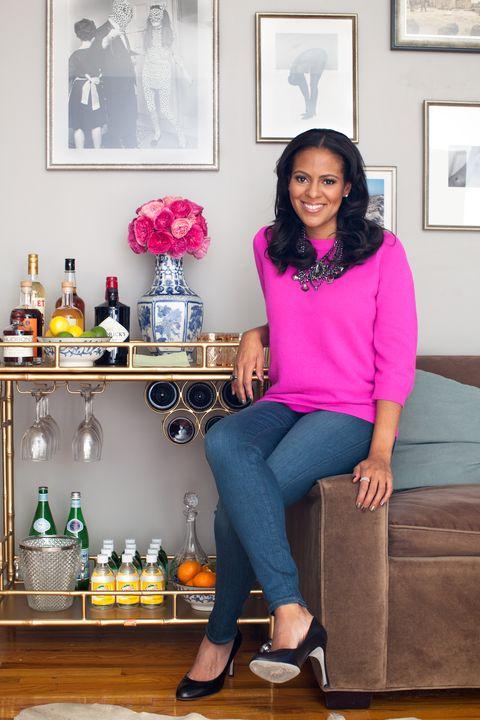 Bottle, Drink, Room, Glass bottle, Pink, Style, Purple, Picture frame, Magenta, Sitting,