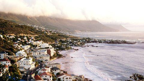 Coastal and oceanic landforms, Coast, Shore, Atmospheric phenomenon, Bay, Hill, Sea, Ocean, Beach, Promontory,