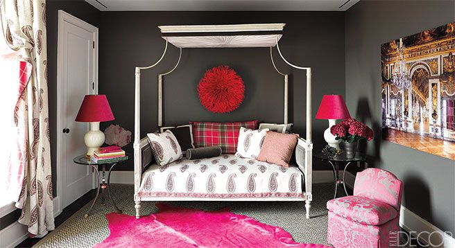 You Can Always Rely Upon A Canopy Bed To Turn An Ordinary Room Into A  Sumptuous Refuge.