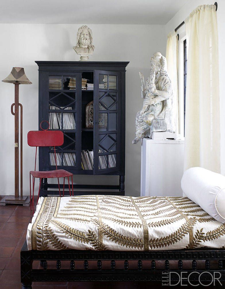 Quirky Bedroom Decor Jean Francois Lesage India Apartment A Worldy Apartment In India
