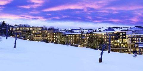 Winter, Freezing, Landscape, Atmosphere, Town, Dusk, Slope, Mountain range, Snow, Evening,