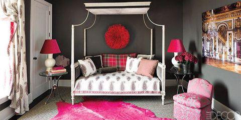 Room, Interior design, Lighting, Green, Wood, Floor, Wall, Property, Textile, Home,