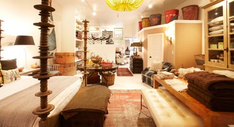 Interior design, Room, Interior design, Light fixture, Ceiling, Chandelier, Ceiling fixture, Collection, Living room, Ornament,