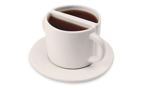 Serveware, Cup, Coffee cup, Brown, Drinkware, Dishware, Tableware, Teacup, earthenware, Saucer,