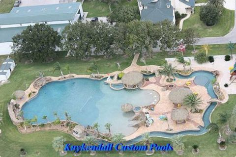 Nature, Water resources, Landscape, Residential area, Land lot, Resort, Urban design, Roof, Aerial photography, Aqua,