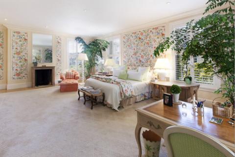 Interior design, Room, Floor, Furniture, Wall, Ceiling, Flooring, Table, Interior design, Home,