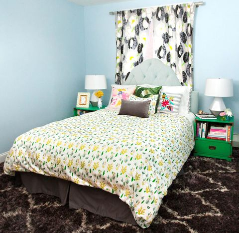 Green, Bed, Room, Yellow, Interior design, Bedding, Bedroom, Textile, Bed sheet, Wall,