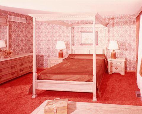 Bed, Room, Interior design, Floor, Textile, Bedroom, Bedding, Wall, Furniture, Linens,