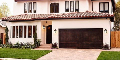 Property, House, Residential area, Real estate, Home, Roof, Land lot, Building, Facade, Door,