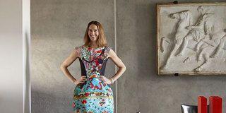 Dress, Shoulder, Photograph, Standing, Joint, One-piece garment, Style, Formal wear, Waist, Day dress,