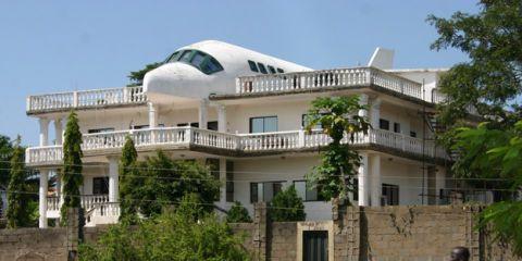 Airplane house (Abuja, Nigeria)