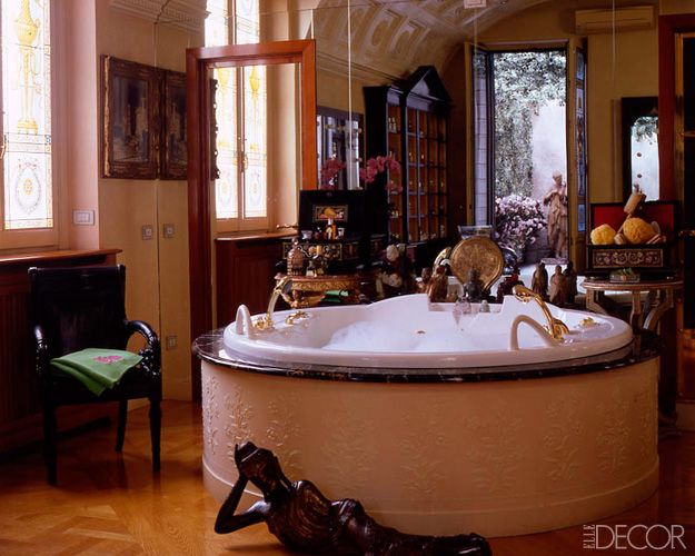 . 16 Celebrity Bathrooms   Chic Bathroom Decor Inspiration
