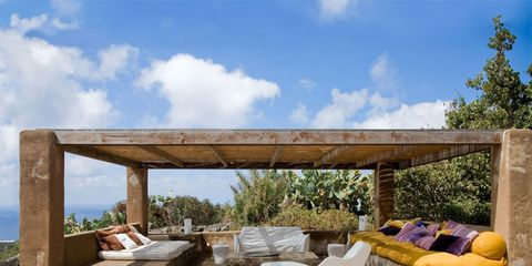 Couch, Shade, Outdoor furniture, Concrete, Outdoor sofa, Rectangle, studio couch, Cumulus, Pillow, Beam,