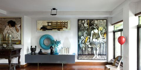 Room, Interior design, Wall, Furniture, Floor, Interior design, Ceiling, Flooring, Living room, Picture frame,
