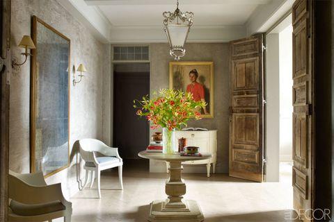 Interior design, Room, Floor, Flooring, Ceiling, Flowerpot, Table, Interior design, Light fixture, Chandelier,