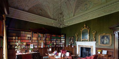Room, Interior design, Flooring, Shelf, Floor, Living room, Interior design, Shelving, Ceiling, Bookcase,