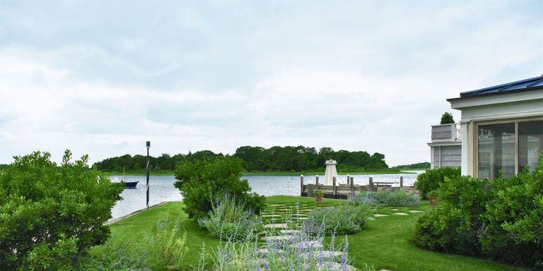Waterfront Landscape Ideas - Designer Tips For Waterside ... on Waterfront Backyard Ideas id=81939