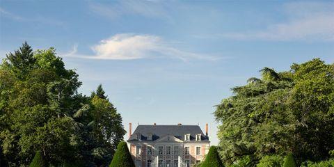 18th century chateau gardens