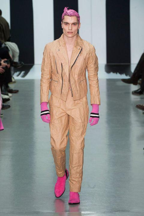 Fashion show, Trousers, Magenta, Runway, Outerwear, Pink, Style, Coat, Fashion model, Fashion,