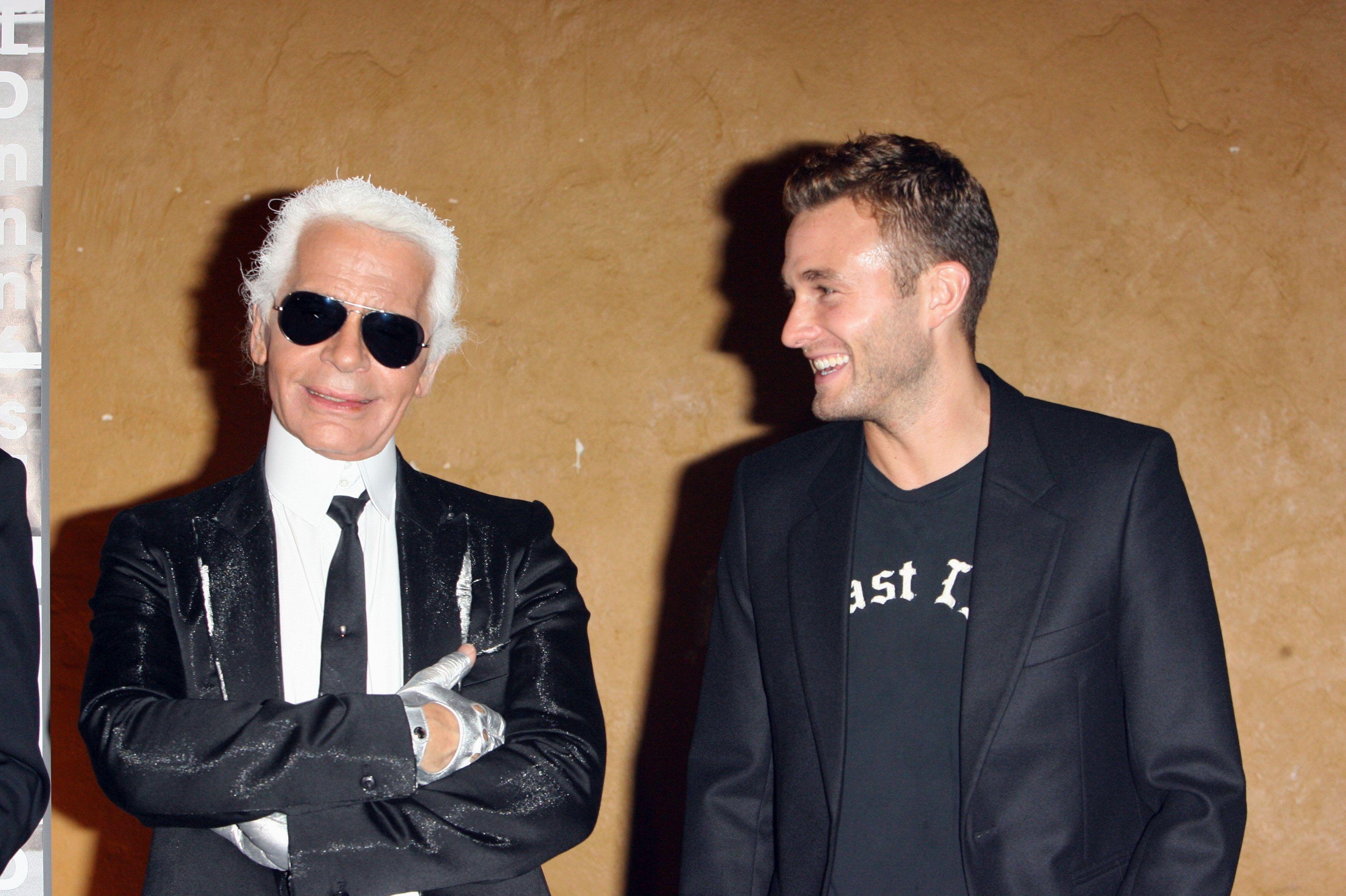 The Kroenig 'new 7 Lagerfeldbrad Revelations Times'' From Karl York uTl3FJKc1