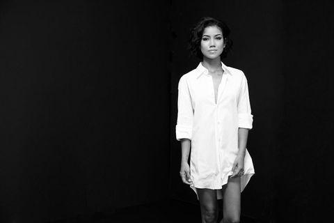 Collar, Sleeve, Dress shirt, Style, Fashion model, Flash photography, Blazer, Monochrome photography, Model, Fashion design,