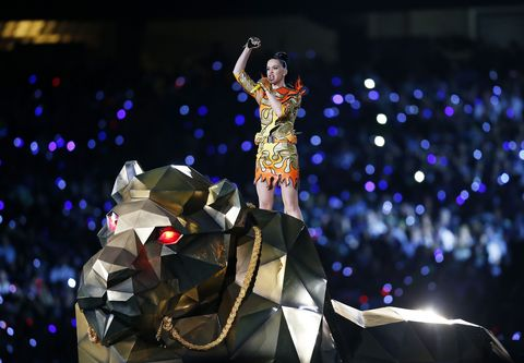 Stage, Dancer, Pop music, Costume design, Opera, Celebrating, Talent show, Spectacle,