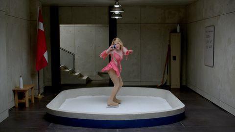 Chelsea Handler T-Mobile Super Bowl Ad