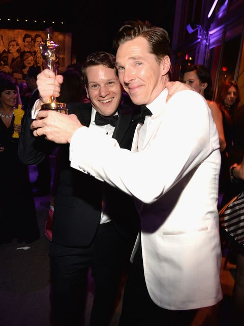 BEVERLY HILLS, CA - FEBRUARY 22:  (EXCLUSIVE ACCESS, SPECIAL RATES APPLY)  Benedict Cumberbatch (R) attends the 2015 Vanity Fair Oscar Party hosted by Graydon Carter at the Wallis Annenberg Center for the Performing Arts on February 22, 2015 in Beverly Hills, California.  (Photo by Kevin Mazur/VF15/WireImage)