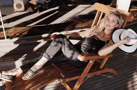 Leg, Style, Sitting, Thigh, Black hair, Knee, Sun hat, Fashion model, Model, Long hair,