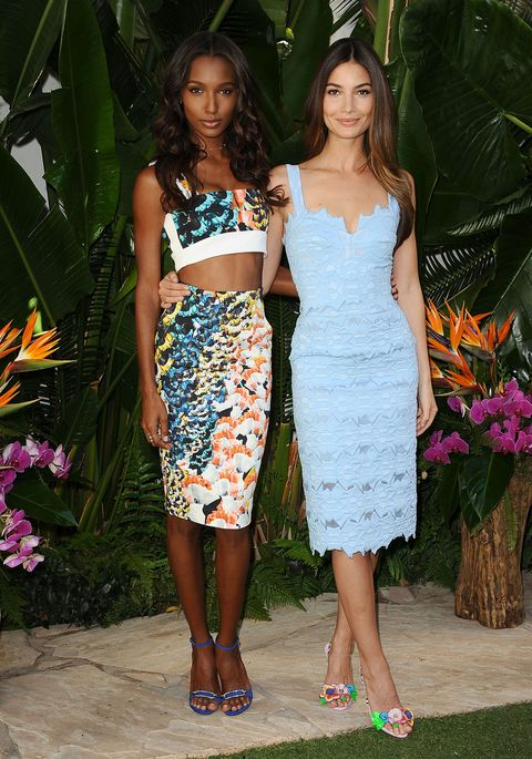 """Who: Jasmine Tookes and Lily Aldridge  When: 2/24/15  Why: Two Angels for the price of one! And both are saying """"Come on summer!"""" Approved!"""