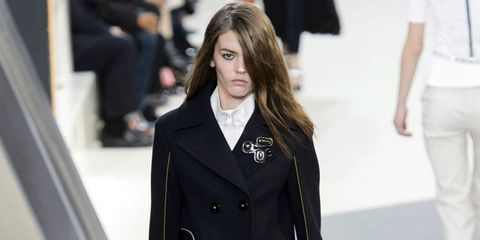 Collar, Sleeve, Coat, Outerwear, Formal wear, Style, Street fashion, Blazer, Uniform, Fashion,
